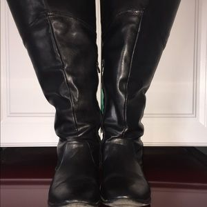Torrid knee high boots 8 wide